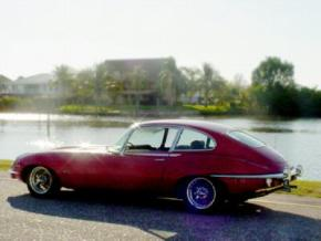 Jaguar E-Type photo